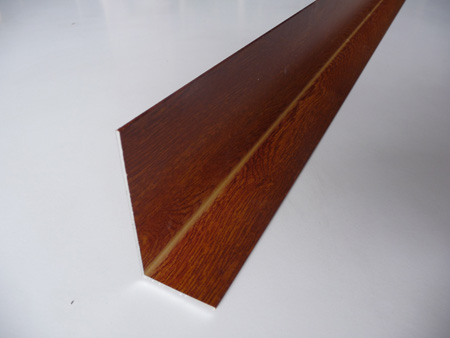 Perfiler a de aluminio cortada a medida - Angulos de madera ...