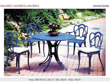 Mesas y sillas para porches