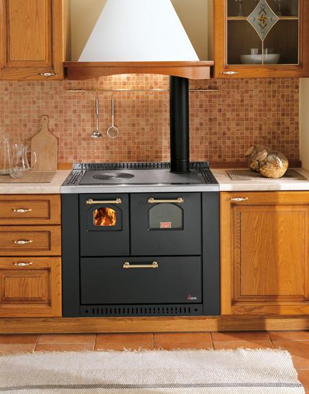 Cocina de le a con horno y ventilador de - Cocinas con horno de lena ...