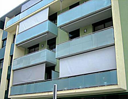 Toldos verticales - Persianas para balcones ...