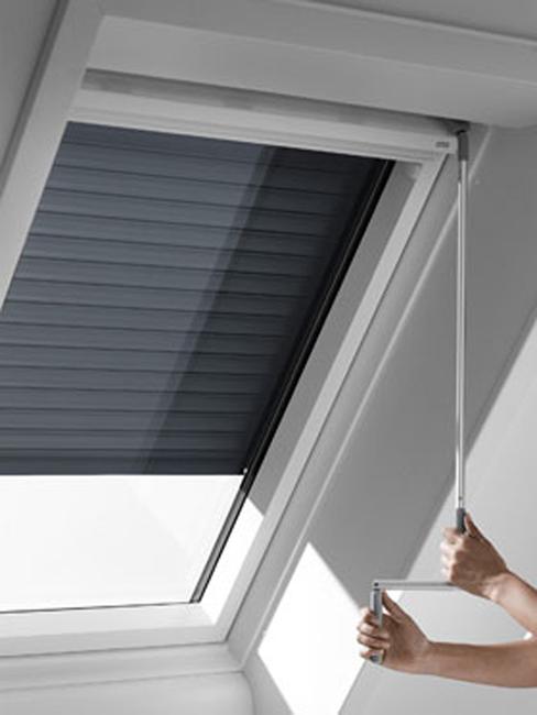 persianas velux para ventanas de tejado inclinado