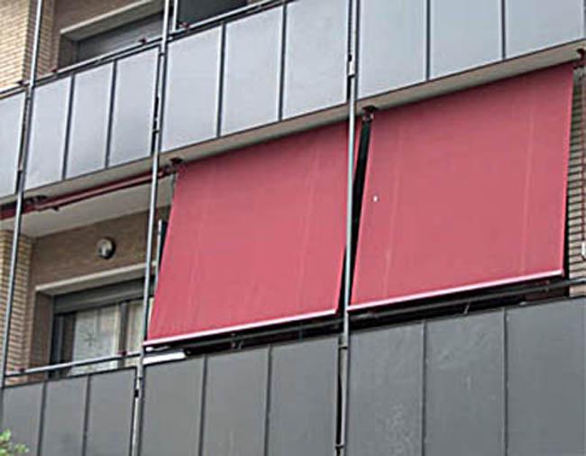 Toldos para balcones for Brazos para toldos de segunda mano