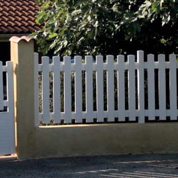Vallas de pl stico para jardines o viviendas for Casas de plastico para jardin
